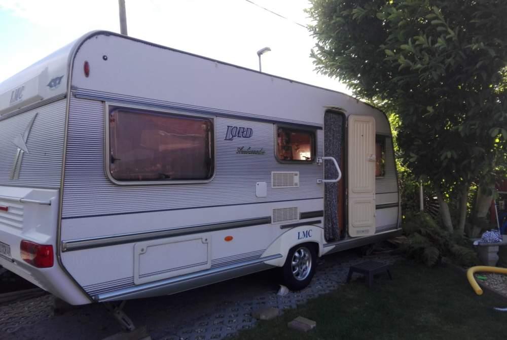 Caravan LMC  Lord Ambassador in Moritzburg huren van particulier