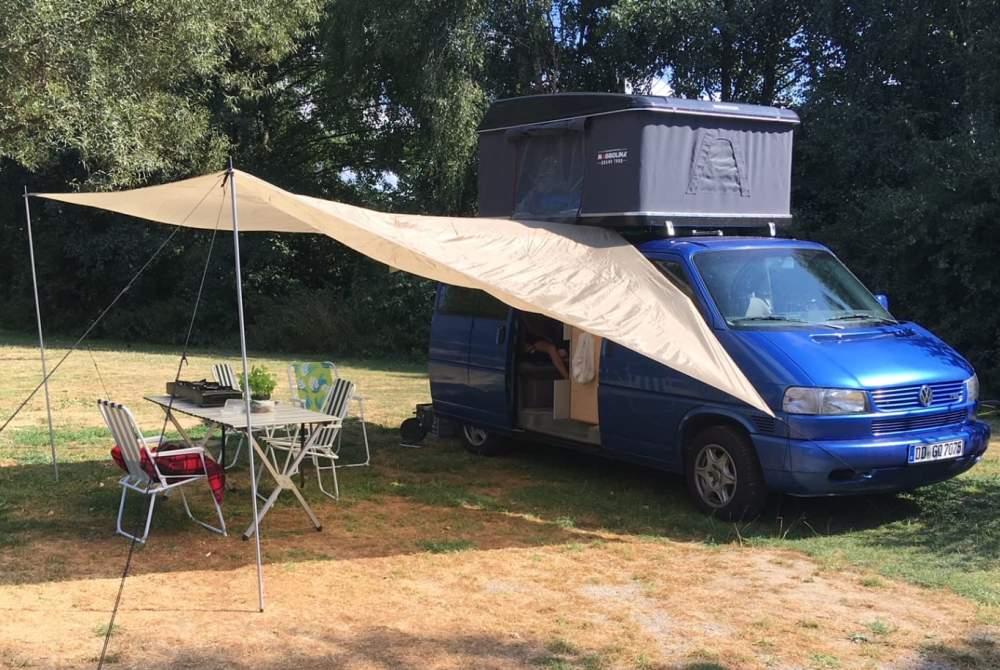 Kampeerbus Volkswagen Blaubär in Dresden huren van particulier