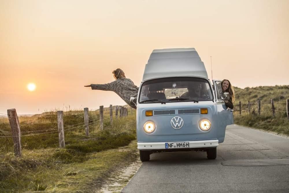 Kampeerbus Volkswagen Loui in Sylt huren van particulier