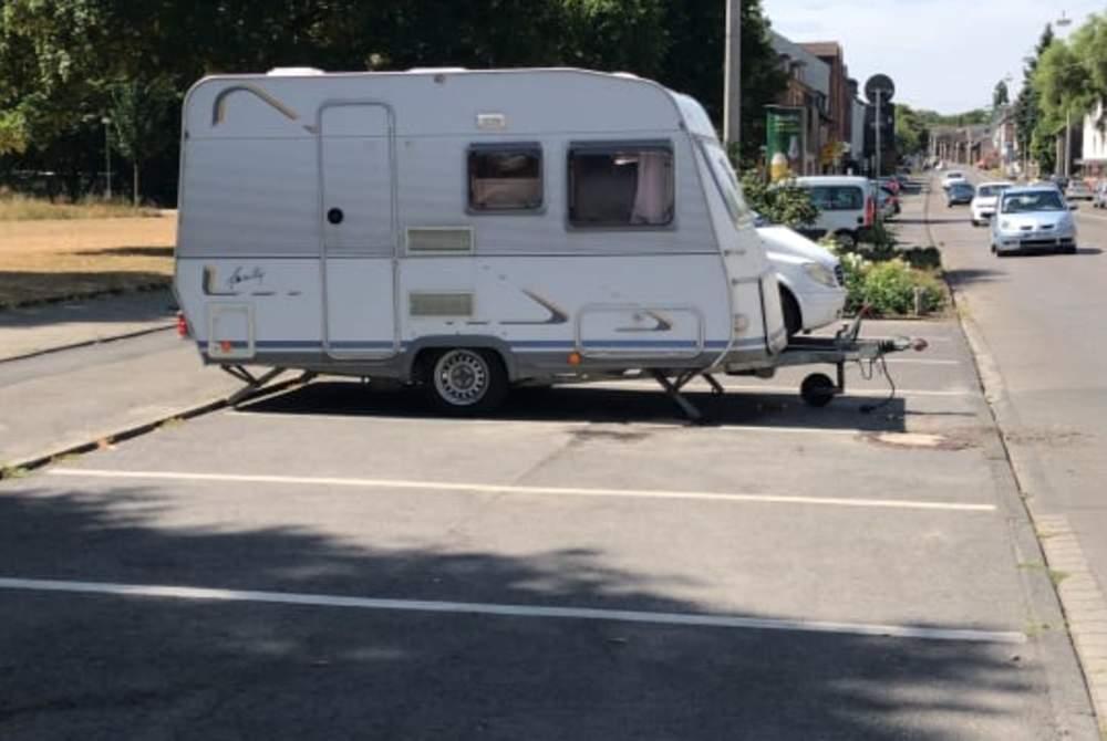 Caravan Dethleffs  FinnsWohnwagen in Bottrop huren van particulier