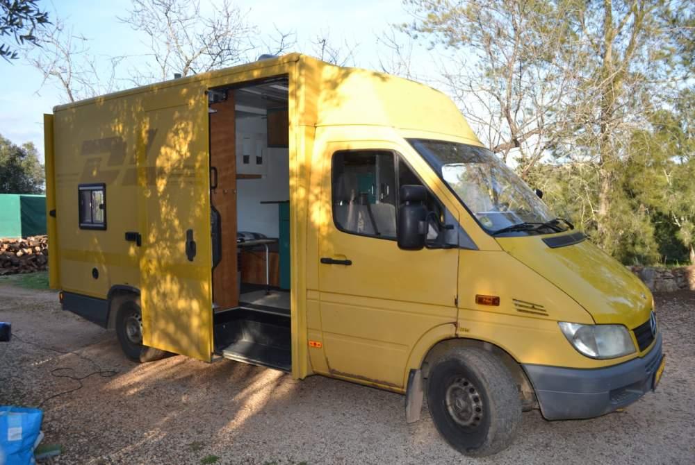 Buscamper Mercedes 308 sprinter in Alcantarilha huren van particulier