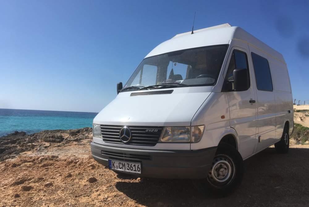 Buscamper Mercedes Benz SUPERTRAMP in Palma huren van particulier
