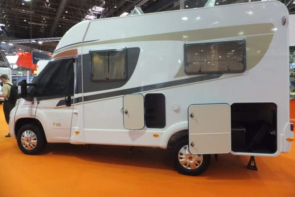 Halfintegraal Carado T 135 Handlich wie ein Kastenwagen, Komfort und Platz wie ein großer in Kelberg huren van particulier