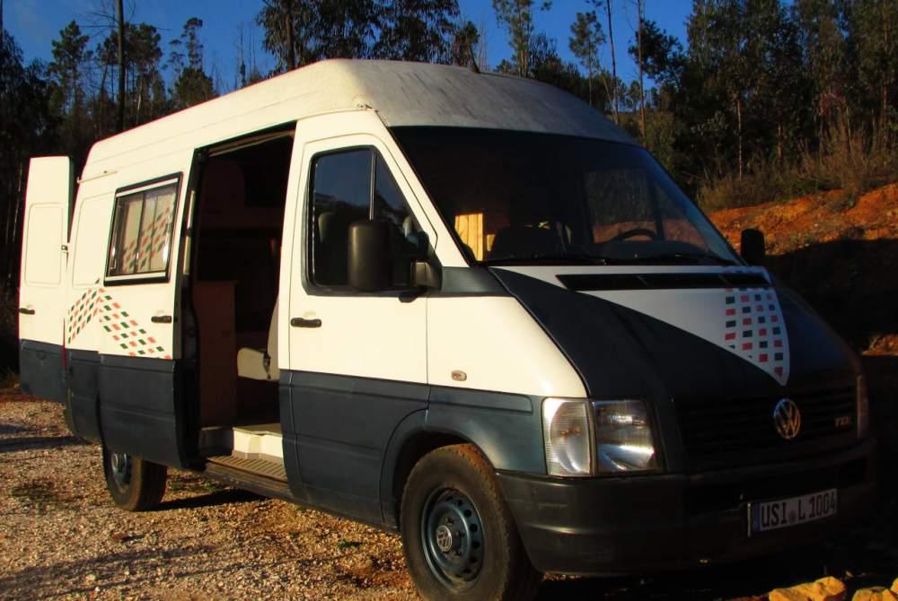 Buscamper Volkswagen Oskar in Coimbra huren van particulier