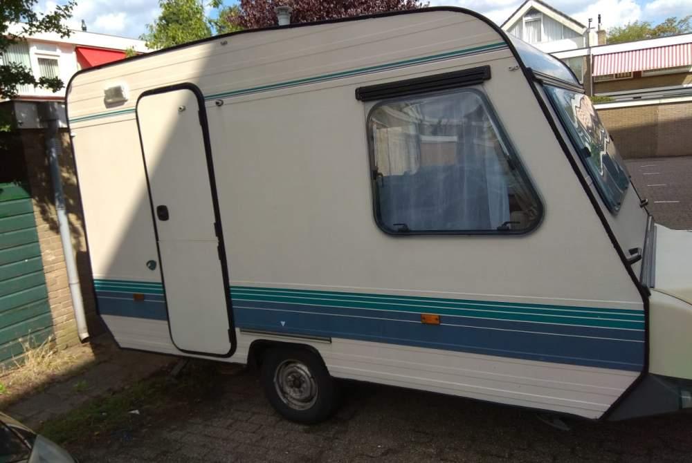 Caravan Leuke Adria (3 Persoons) met extra's Leuke knusse vriend in Wassenaar huren van particulier