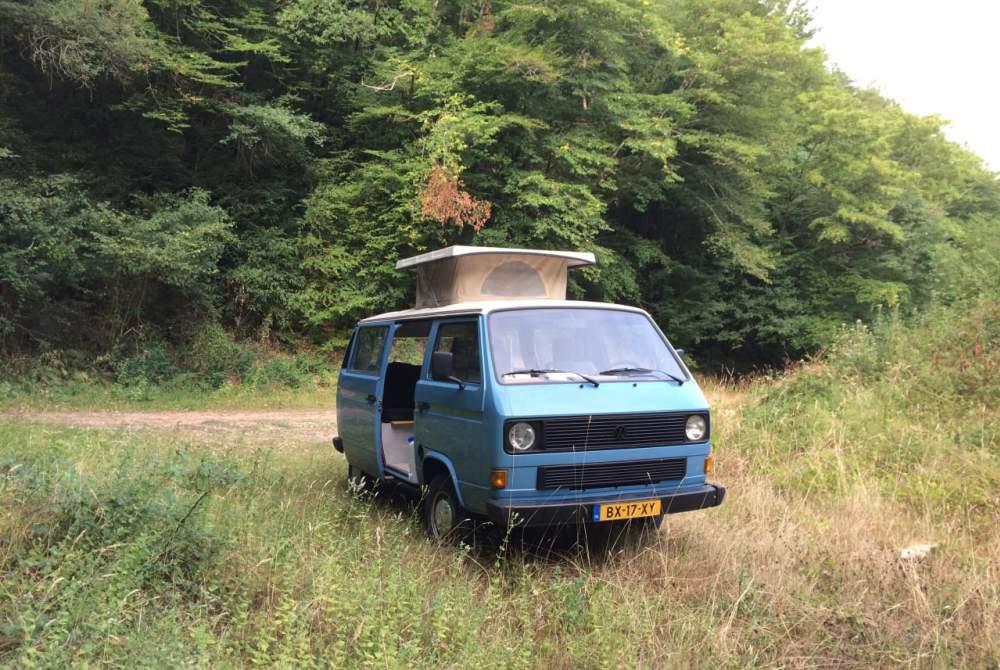 Kampeerbus Volkswagen busje in Amsterdam huren van particulier