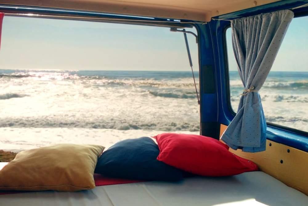Kampeerbus Ford PortoCamper in Porto huren van particulier
