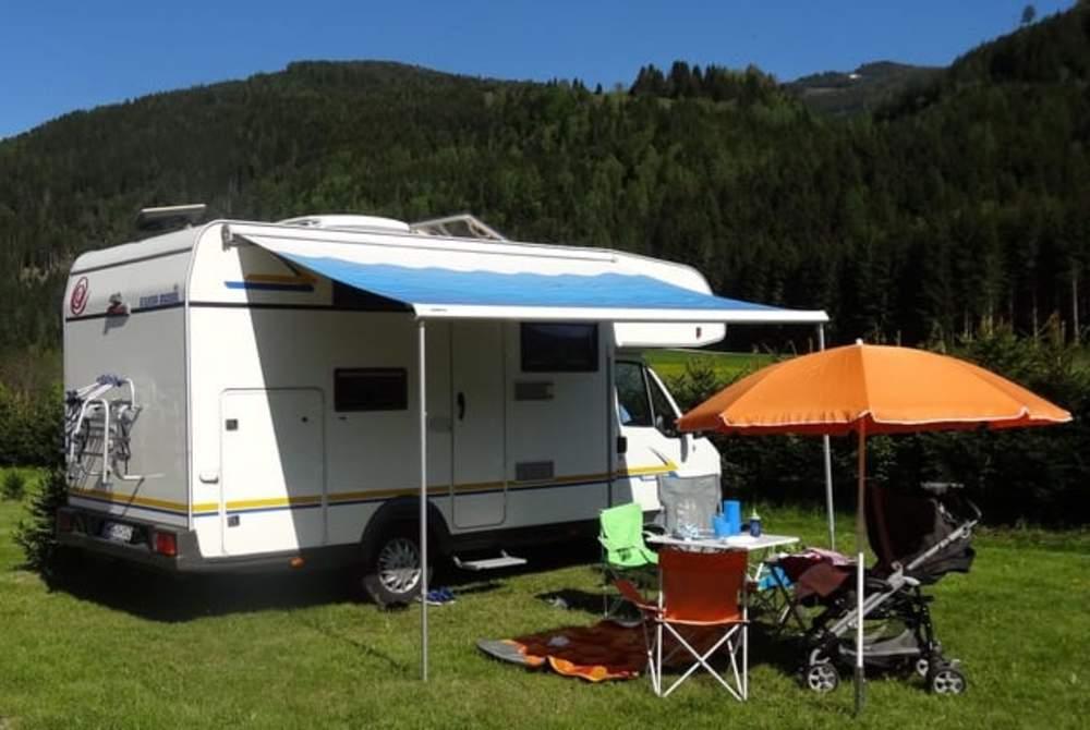 Alkoof Euramobil FamilyWoMo in Purkersdorf huren van particulier