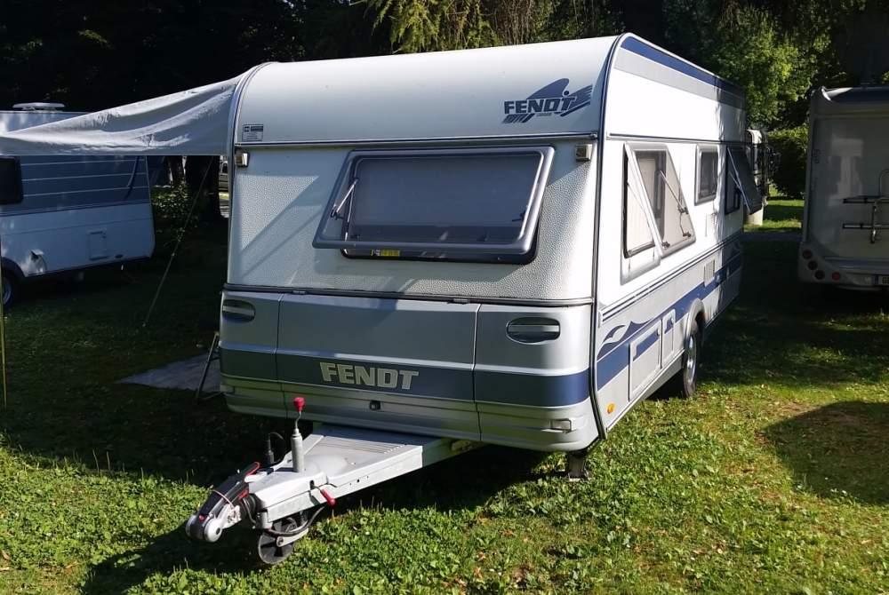 Caravan FENDT Lieblings-Fendt Topas 510 TFB in Paderborn huren van particulier