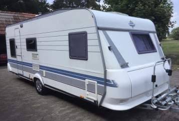 Caravan Hobby Familienwagen in Lilienthal huren van particulier