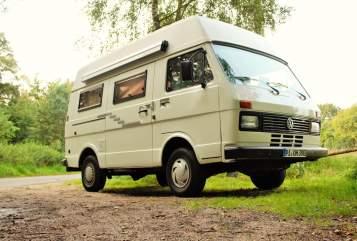 Kampeerbus Volkswagen Hertha in Wedel huren van particulier