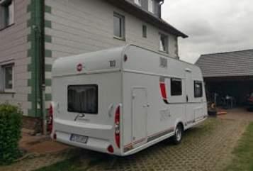 Caravan Büstner Womi in Edemissen huren van particulier