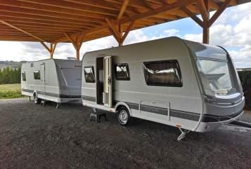 Caravan Dethleffs Camper 460 EL in Ködnitz huren van particulier
