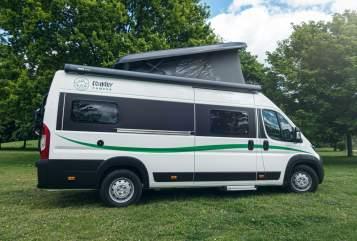 Buscamper VanTourer CountryCamper 4 in Oberhausen huren van particulier