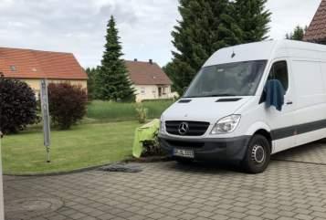 Buscamper Mercedes Räuberbus in Wangen huren van particulier