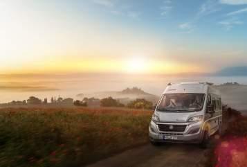 Buscamper Knaus Boxy in Weihmichl huren van particulier