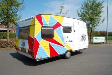 Caravan Burstner Festicaravan6 in Gemert huren van particulier