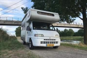 Alkoof Fiat Sjoerd (E) in Hengelo huren van particulier