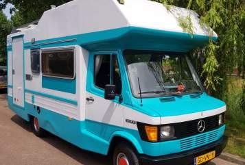 Alkoof Mercedes Benz 307D Gijs in Zwolle huren van particulier