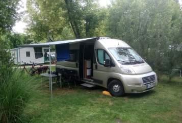 Buscamper VanTourer  Sonnenschein in Niestetal huren van particulier