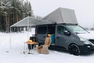 Kampeerbus Kompanja, Renault Hideaway Blue in Bad Oeynhausen huren van particulier