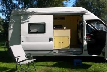 Buscamper Ford Transit Djoeke in Vreeland huren van particulier