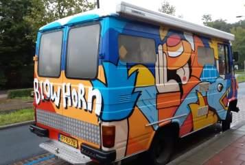 Buscamper Mercedes Maui in Voorschoten huren van particulier