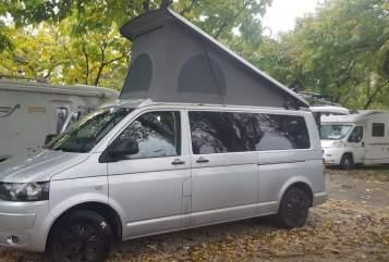 Kampeerbus VW PuraVida in Bad Ischl huren van particulier