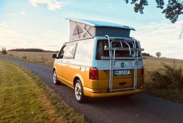 Kampeerbus VW T6 Camperlux 1 in Herscheid huren van particulier
