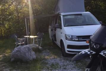Kampeerbus VW T6 T6 Cali Nichta in Hausham huren van particulier