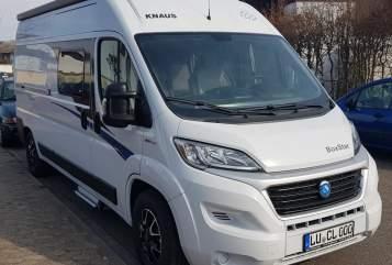 Buscamper Knaus camperlu family in Frankenthal huren van particulier