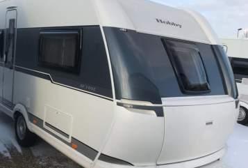 Caravan Hobby Familienstar in Landshut huren van particulier