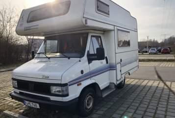 Alkoof Fiat 290 Eura Camper  in Potsdam huren van particulier