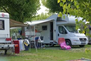 Alkoof Carado Heia-Auto A464 in Ottendorf-Okrilla huren van particulier