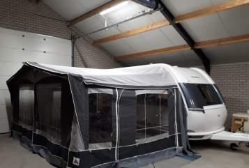 Caravan HOBBY  Hobby 490kmf  in Beringe huren van particulier