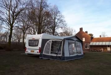 Caravan Hobby Hobby 460 mover in Beringe huren van particulier