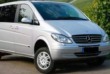 Kampeerbus Mercedes Viano Momo in Leipzig huren van particulier