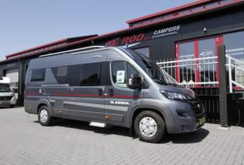 Buscamper Adria Twin 640 SLB in Stadskanaal huren van particulier