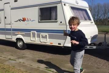 Caravan Hobby  Hobbynik in Maastricht huren van particulier
