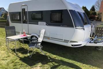 Caravan Hobby deLuxe455UF/Mov in Norderstedt huren van particulier