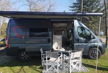 Buscamper Challenger Vany 114 in Sandersdorf-Brehna huren van particulier