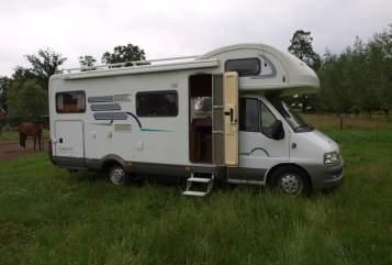 Alkoof Hymer Hymer 644 GT in Vriezenveen huren van particulier