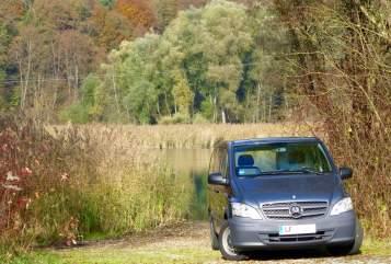 Kampeerbus Mercedes Benz VitOho *New* in Winhöring huren van particulier
