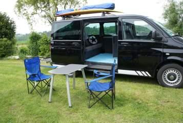 Kampeerbus VW Blackbully in Hennef huren van particulier