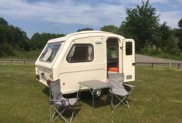 Caravan Predom Predom caravan  in Haps huren van particulier