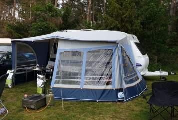 Caravan Hobby Hobby450 AIRCO  in Beringe huren van particulier