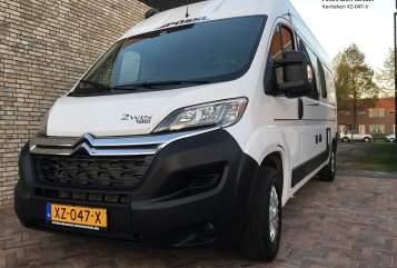 Buscamper Pössl  All-In camper in Bleiswijk huren van particulier