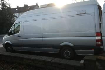 Buscamper Mercedes Benz Sprint in Meinerzhagen huren van particulier