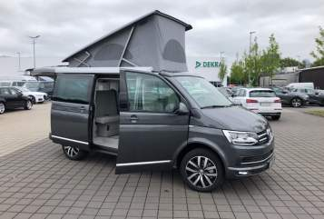Kampeerbus Volkswagen Cultcamper in Flensburg huren van particulier