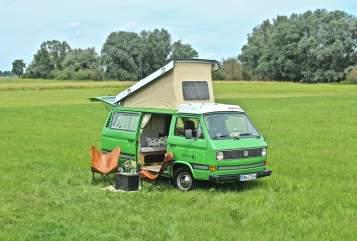 Kampeerbus VW Le Froque in Pinneberg huren van particulier